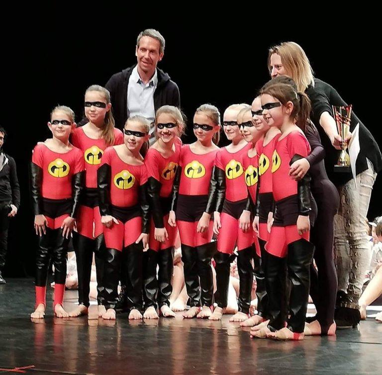 danseuses de Belleville Show dance et leurs récompenses